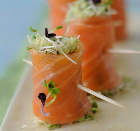 roules de saumon aux germes