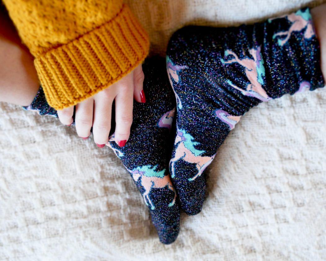 chaussettes-licorne-cadeaux-folie